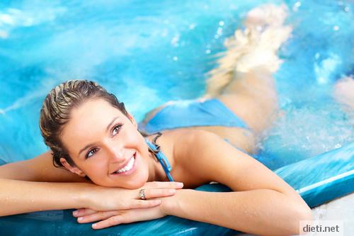 Плуването - здраве за всяка възраст