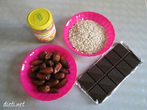 Фурми, фъстъчено масло, овесени ядки и шоколад