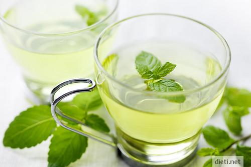 Чай от мента подобрява храносмилането